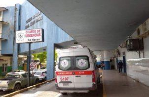El ciudadano herido, fue llevado inicialmente a urgencias de la Policlínica de Sabanitas y de allí a la sala de emergencias del Complejo Hospitalario Dr. Manuel Amador Guerrero en la ciudad de Colón.