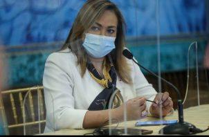 Ministra Consejera de Salud, Eyra Ruiz aclara que se investigarán las fiestas de fin de año.
