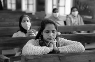 """Muchos dones espirituales nos ha concedido el Espíritu del Señor. Dios te llama ahora a ejercerlos como hijos adoptivos de un solo """"Padre y Trino Dios"""". Oremos por todos en Panamá. Foto: EFE."""