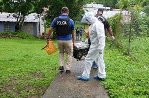 Como evidencia de este caso se tienen un arma de pellet, artículos electrónicos y un generador de electricidad que eran propiedad de la víctima.