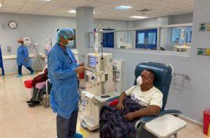 Pacientes se realizan tratamiento en la Caja de Seguro Social.