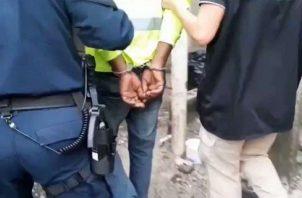 Estos ocho detenidos serán puestos a órdenes de las autoridades competentes.