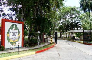 La Universidad de Panamá condenó esta práctica.