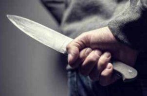 Una de las víctimas presentaba una herida punzo cortante en el área del pecho. Foto Ilustrativa