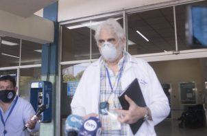 Theoktisto dijo que no hay sistema de salud en el mundo que esté preparado para dar esa cobertura ideal que mucha gente pretende. Foto de Víctor Arosemena