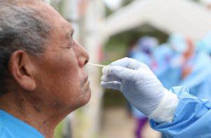 El personal empleado para realizar los hisopados no era idóneo. Foto: Eric A. Montenegro
