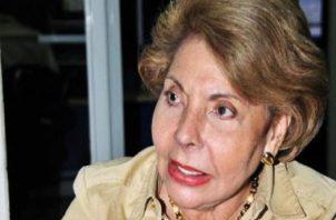 La diputada Mayín Correa cuestiona designación de Ana Matilde Gómez.