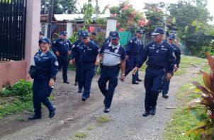 La Policía Nacional (PN) desplegó un operativo en toda la zona, intentando ubicar a los presuntos asesinos. Foto: Archivo/Ilustrativa