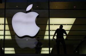 La pandemia y el iPhone 12 dan a Apple el mejor trimestre de su historia. Foto: EFE