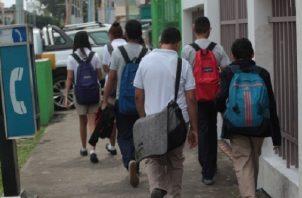 A la fecha más de 250 colegios particulares que cobran hasta $150 de mensualidad, no han recibido la ayuda prometida por el Meduca que asciende a $2 millones. Foto/Archivo