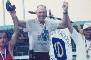 Luis Rossi compitó por muchos años en el atletismo federado y luego en eventos máster. Cortesía