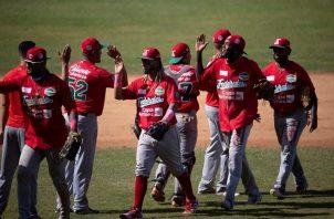 Jugadores de Panamá festejan el triunfo. Foto:EFE