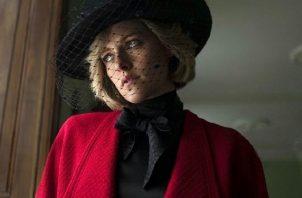 Esta es la primera foto de Kristen Stewart como Lady Di en 'Spencer'. Foto: Redes Sociales