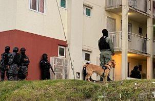 En el operativo participaron unidades de la fuerza especial, de inteligencia, grupo Alfa y grupo de Reacción. Foto: Diómedes Sánchez