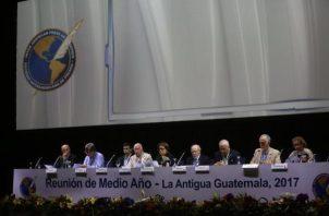Miembros de la Sociedad Interamericana de Prensa (SIP).