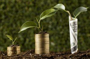 Ahorrar asegura beneficios económicos para el futuro. Cortesía