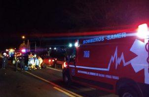 La joven, cuyas generales se desconocen, fue trasladada al hospital Gustavo Nelson Collado para recibir atención médica.