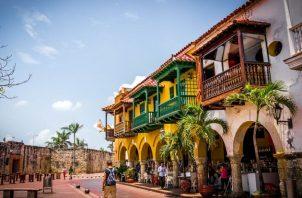 ProColombia estará enfocada  en remover las barreras de viaje, restaurar la confianza de los turistas y brindar viajes seguros.  EFE