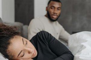 El deseo y el nivel de satisfacción sexual de la mujer también suele afectarse por este trastorno, originando otras disfunciones. Foto: Ilustrativa / Pexels
