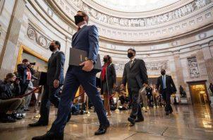 """Los 100 senadores ejercerán como jurado del conocido en Estados Unidos como """"impeachment"""". EFE"""