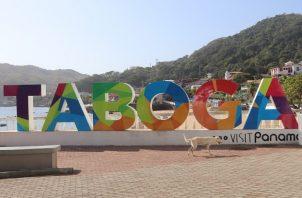Taboga cuenta con aproximadamente seis sitios de hospedaje entre hoteles y hostales.