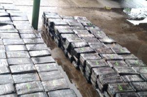 Las autoridades incautaron 531 paquetes de droga en un camión con doble fondo el pasado 9 de febrero.