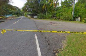 La Policía Nacional de Portobelo acordonó el área donde ocurrió el hecho de sangre.