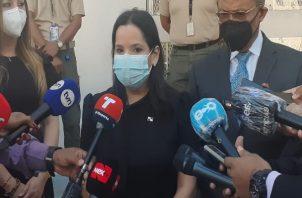 """""""Estamos preocupados porque sentimos la preocupación del pueblo panameño, porque sentimos la preocupación del pueblo panameño y el dolor, estamos indignados por esta situación y vamos a seguir trabajando en la protección de nuestros niños"""", dijo Castillo."""
