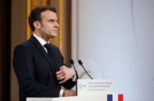 El presidente de Francia, Emmanuel Macron, ha aplicado algunas medidas para evitar la propagación del coronavirus. Foto: EFE