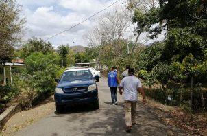 El cerco fue instalado desde las 10 de la mañana del viernes, según lo dio a conocer Ayvar Hernández director regional de salud de Los Santos, con el objetivo de mitigar los contagios.