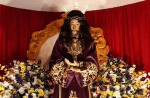 El obispo de la Diócesis de Santiago, Audilio Aguilar, presidió la eucaristía, e hizo referencia a la situación que vive el país por causa de la pandemia.