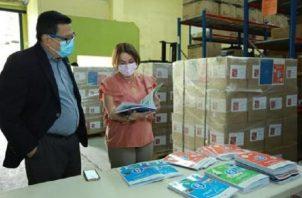 Desde el pasado 10 de febrero se comenzaron a distribuir los materiales impresos que servirán en la formación de los estudiantes. Cortesía
