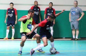 El seleccionado de futsal ha estado entrenando en el gimnasio del colegio Internacional de María Inmaculada. Cortesía