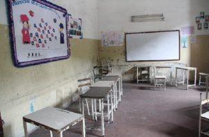 Más de 1,800 escuelas están enfermas a nivel nacional agregó el dirigente Montero, ya que sus infraestructuras no son las óptimas.
