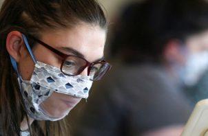 Un mal ajuste expone a las personas a un contagio de coronavirus.
