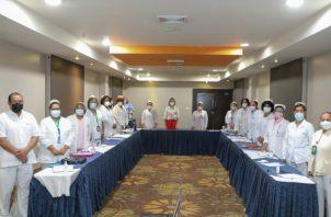 Estas enfermeras se preparan para continuar con las jornadas de vacunación de las siguientes fases en las 15 regiones de salud.