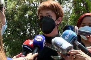 Mayra Inés Silvera aseguró que su salida guarda relación con algunos hallazgos que hizo.
