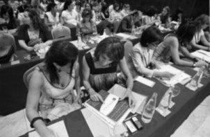 Las compañías con el desempeño más alto, tanto en rentabilidad como diversidad, empleaban más mujeres en puestos en sus equipos ejecutivos. Foto: EFE.