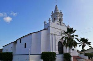 La Iglesia de Santo Domingo Guzmán está ubicada en la Plaza Colonial del distrito de Parita, provincia de Herrera.