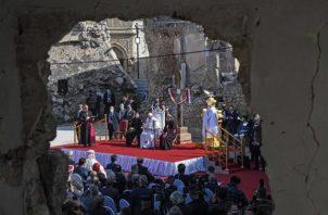 Misa multitudinaria ofrecida por el papa Francisco.