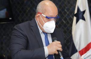 Crispiano Adames arremetió contra Enrique Mendoza.