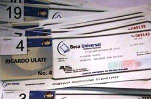 La Beca Universal fue reemplazada por el programa social PASE-U, luego de críticas.