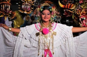 S. R. M. Montserrat Rodríguez, reina infantil Festival Nacional de la Cumbia Chorrerana. Foto: Cortesía
