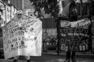 Panamá es el país con la segunda más baja relación ingresos tributarios-PIB, dejando insatisfechas las más importantes necesidades de la población, tales como la educación, la salud y la previsión social. Foto: EFE.