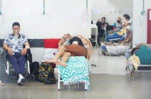 Registro de personas al ser atendidas en el hospital Pronto Socorro, en Brasilia. EFE