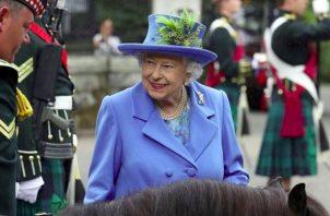 'Toda la familia se entristece al conocer lo difícil que han sido los últimos años para Enrique y Meghan', dijo la reina Isabel II en un comunicado. Foto: Instagram / @ theroyalfamily