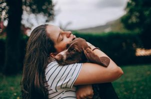 La muerte de una mascota puede doler tanto como la pérdida de un familiar cercano o amigo, para algunos hasta más. Foto: Ilustrativa / Pexels