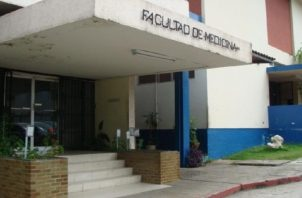 Polémica por rebaja en puntaje de certificación médica. Foto:Archivos