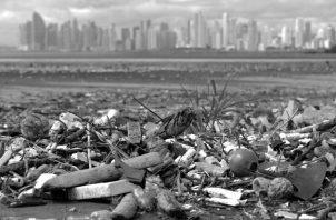 El afamado virólogo a Frank Fenner en el 2010, ya vaticinó que el hombre desaparecerá del mundo inevitablemente el curso del próximo siglo, debido a la destrucción del medio ambiente y del cambio climático. Foto: EFE.