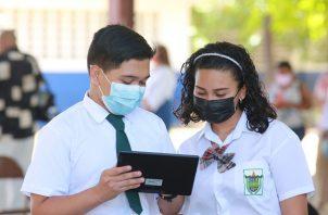 Los estudiantes podrán hacer uso de WhatsApp.